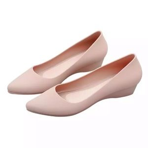 Apricot nude jelly waterproof point toe wedge shoe